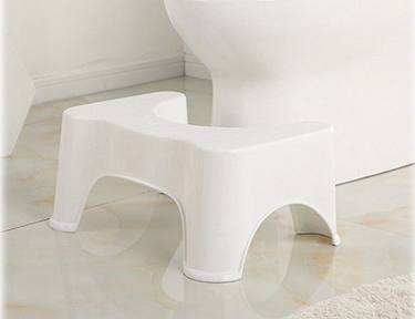 What are the tips for purchasing a toilet?