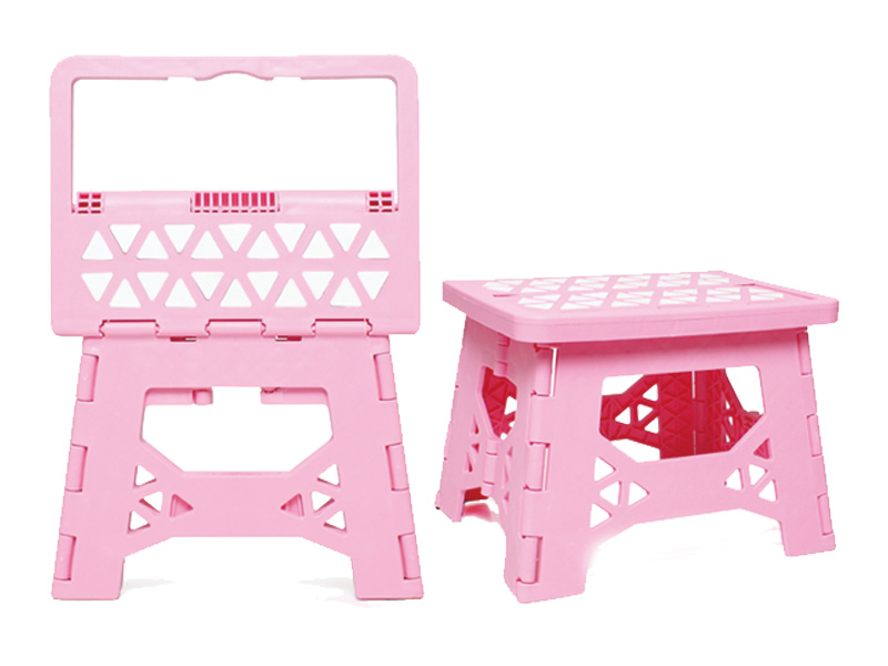 Children's folding chairs and stools exported to the United States must meet the following requirements