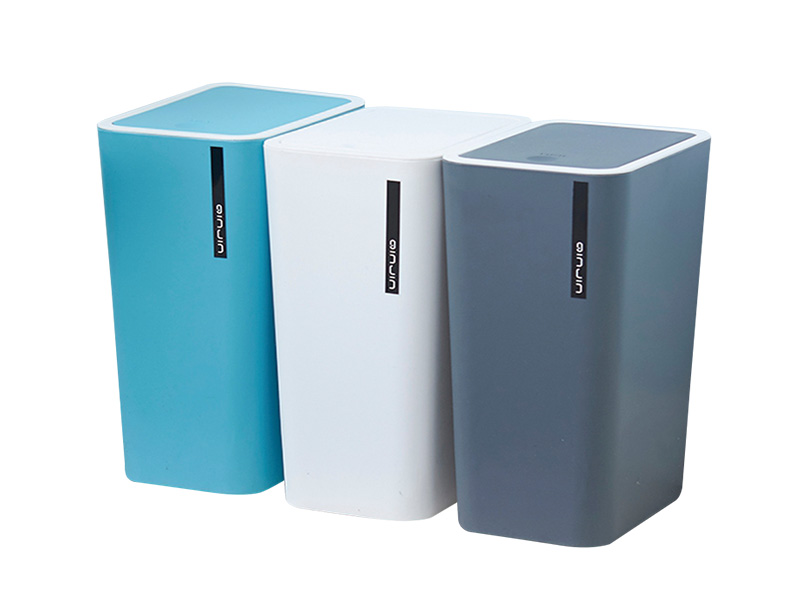 What are the characteristics of the cosmetic storage box in the outer packaging?