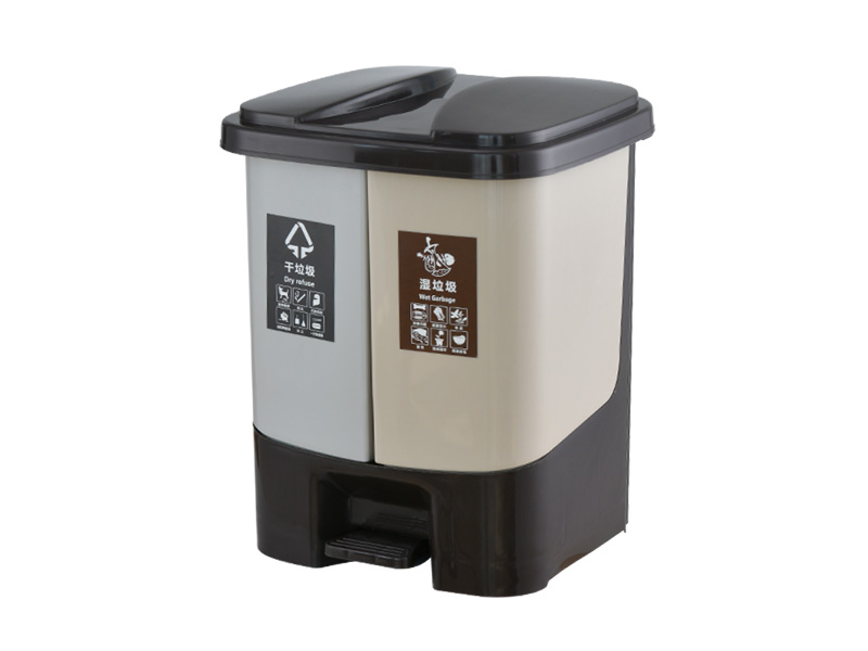 What are the tips for choosing trash cans?