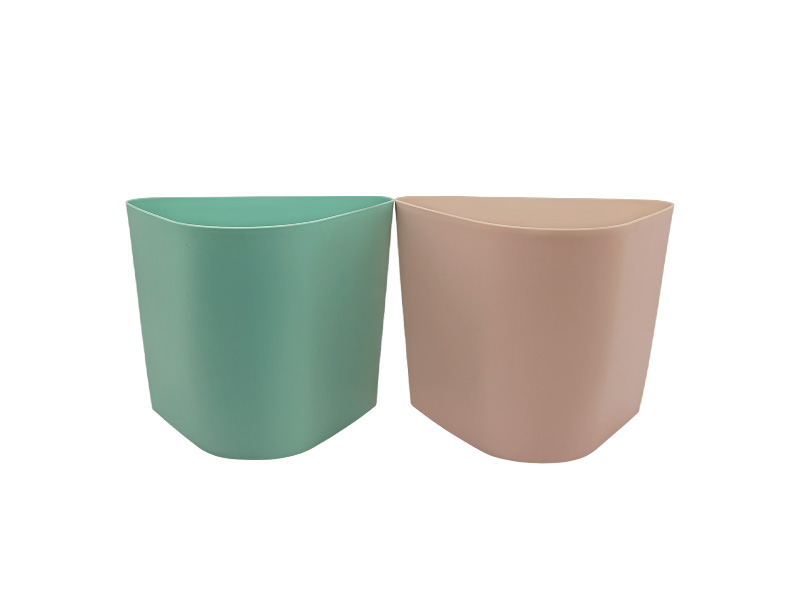 Small triangle wall hanging dustbin (hr0371)